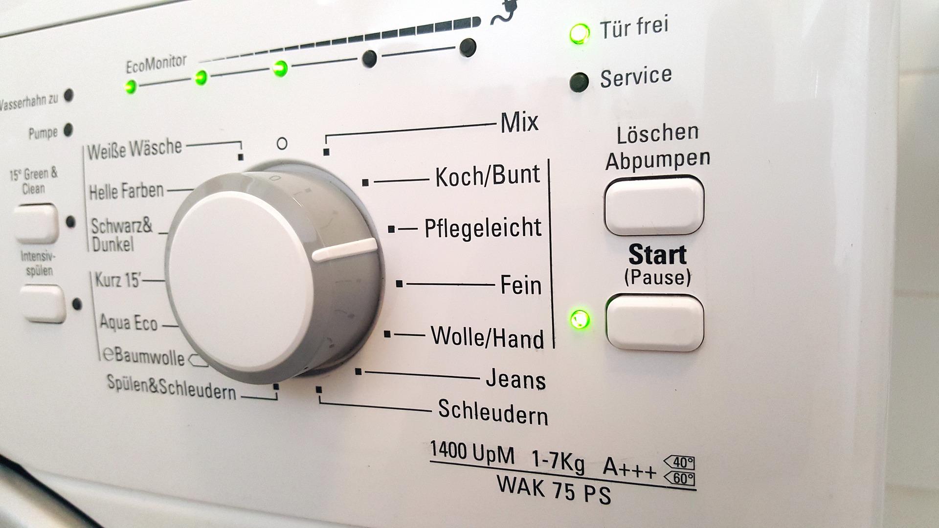 Bedienungsfeld einer Waschmaschine